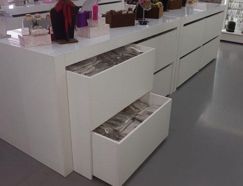 Mobiliario tienda de regalo – Detalles Personales
