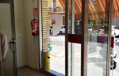 REFORMA INTEGRAL-MOBILIARIO Y EQUIPAMIENTO PARA ESTANCOS-ESTANCO LA FONTETA (3)